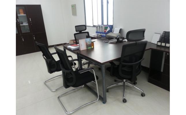 美高办公家具工程案例实景照片 经理室[办公桌椅]