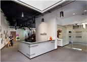 武汉定制办公桌椅厂家体验Mozilla时尚办公环境